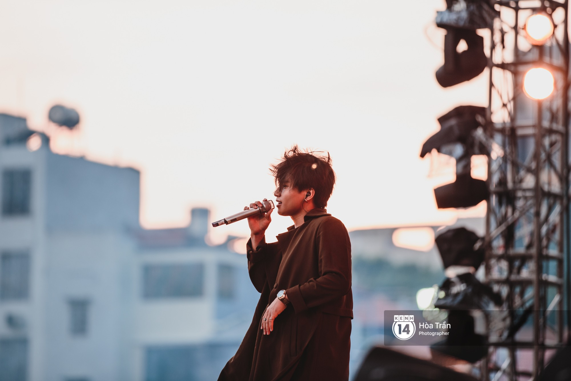 Đen Vâu, Vũ, Ngọt Band cũng loạt nghệ sỹ Indie đình đám khiến Sài Gòn tăng nhiệt tại Thơm Music Festival - Ảnh 1.