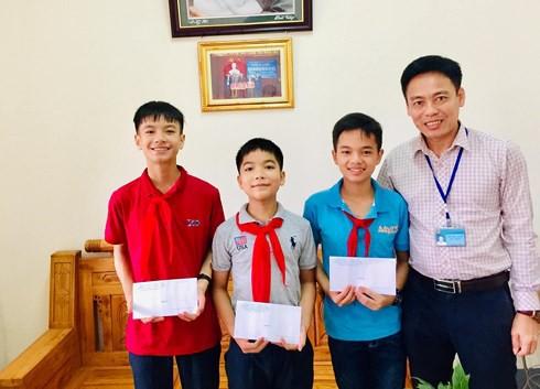 Hà Tĩnh: 2 anh em ruột giành huy chương giải toán học trẻ toàn quốc - Ảnh 2.