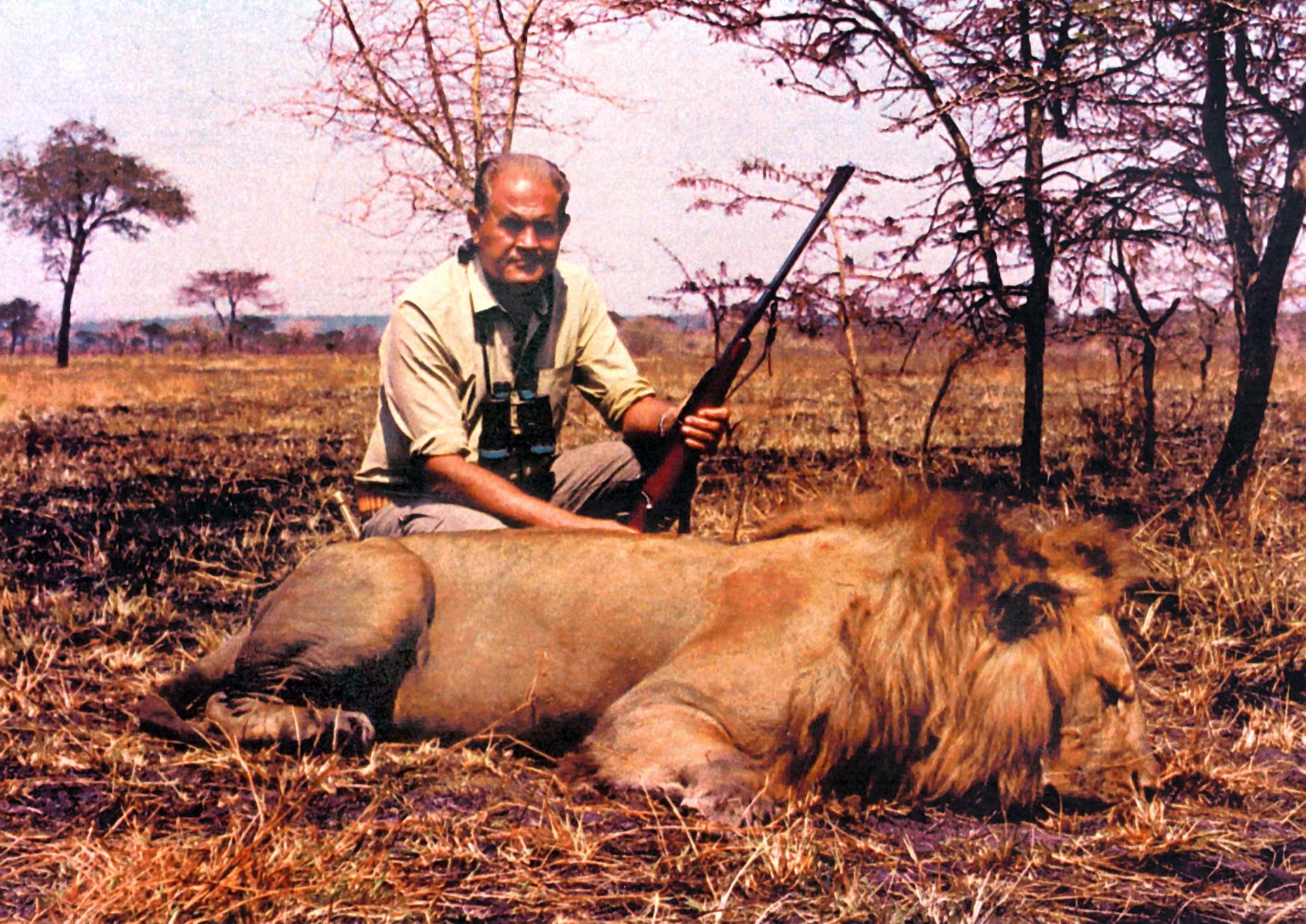 Ra tay sát hại hơn 1300 con voi, thợ săn tuyên bố: Loài voi sẽ sớm tuyệt chủng, thật đáng tiếc! - Ảnh 2.