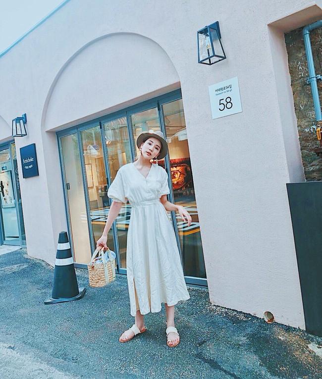 Chỉ cần thay đổi với 10 công thức sau, bạn chắc chắn sẽ mặc đẹp từ công sở ra phố suốt mùa hè - Ảnh 4.