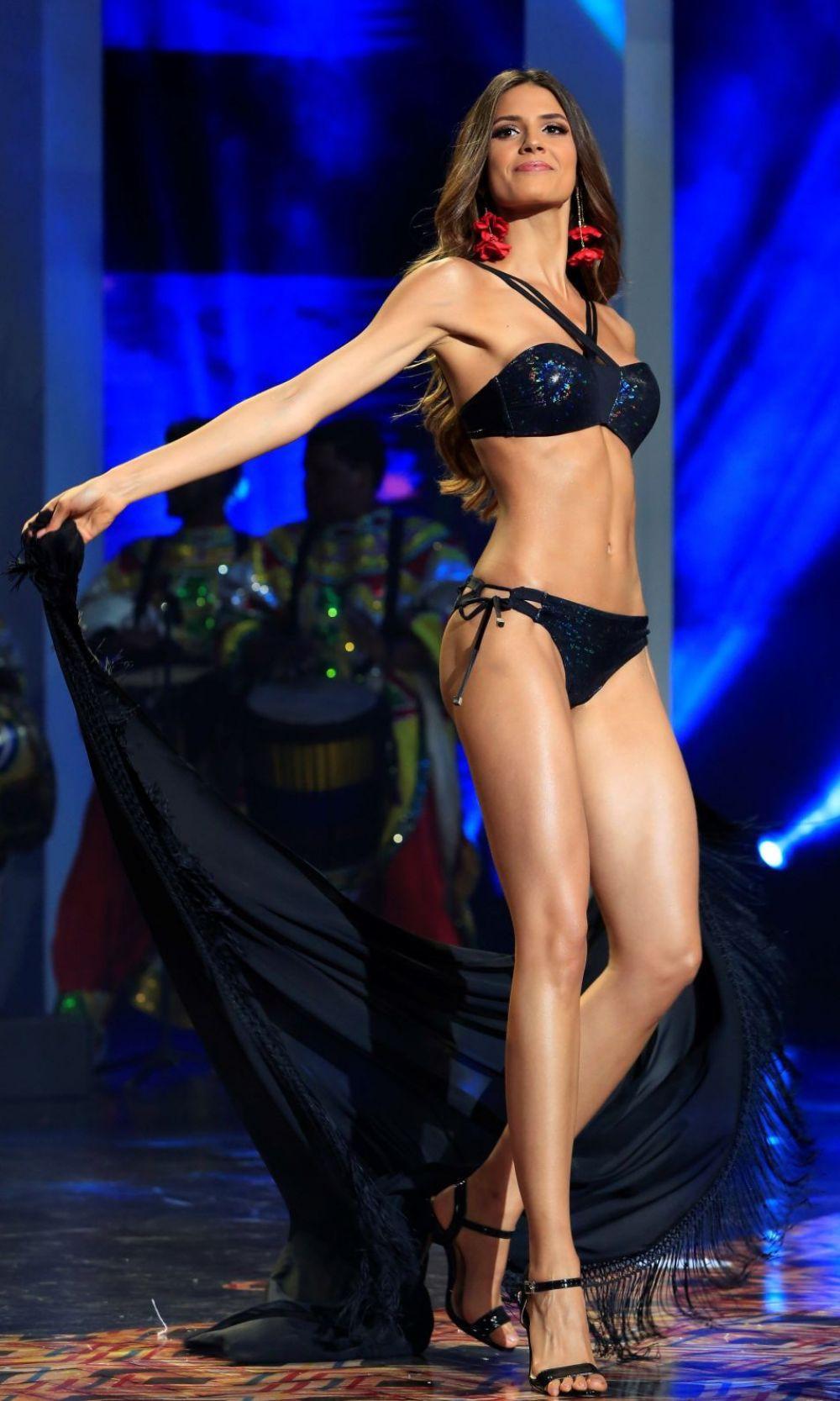 Đối thủ Hoàng Thùy tại Miss Universe 2019: Từ cơ bụng 6 múi đến thành tích cực khủng đủ sức nuốt chửng bất cứ người đẹp nào! - Ảnh 13.