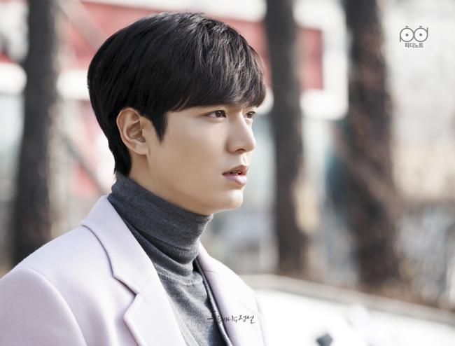 10 năm lột xác ngoại hình của Lee Min Ho: Từ nam thần Vườn sao băng thành tài tử với loạt màn tăng cân gây sốc - Ảnh 22.