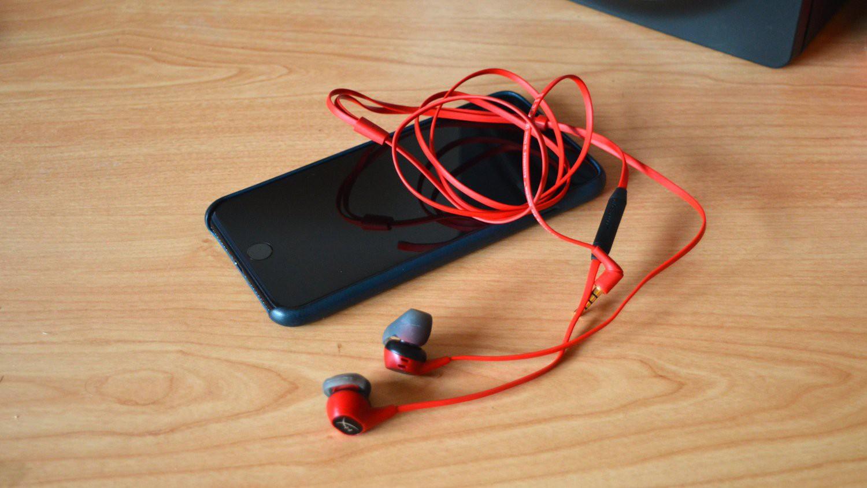 3 lý do vì sao không bao giờ nên cho mượn tai nghe: Nguyên nhân cuối nghe là sởn da gà! - Ảnh 4.