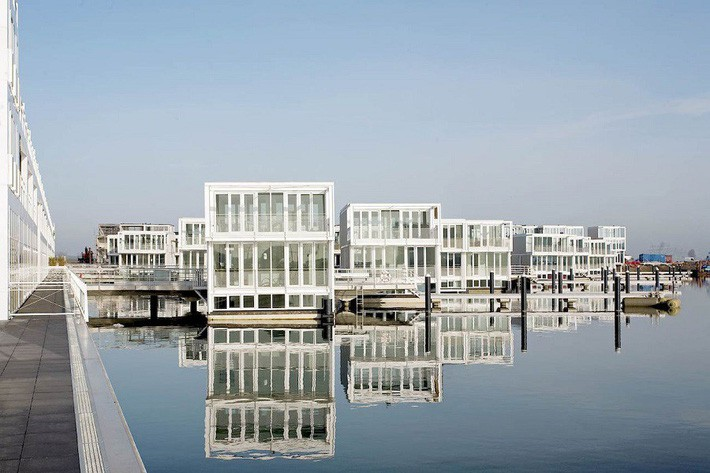 Chiêm ngưỡng cả trăm ngôi nhà được xây nổi trên mặt nước: Một quần thể kiến trúc đáng tự hào của thủ đô Amsterdam - Ảnh 5.
