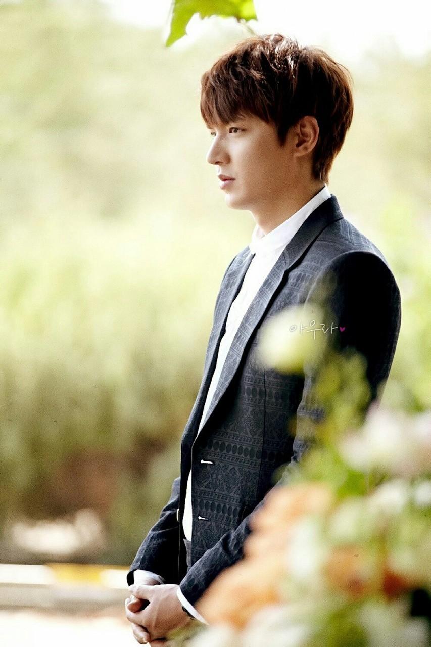 10 năm lột xác ngoại hình của Lee Min Ho: Từ nam thần Vườn sao băng thành tài tử với loạt màn tăng cân gây sốc - Ảnh 12.