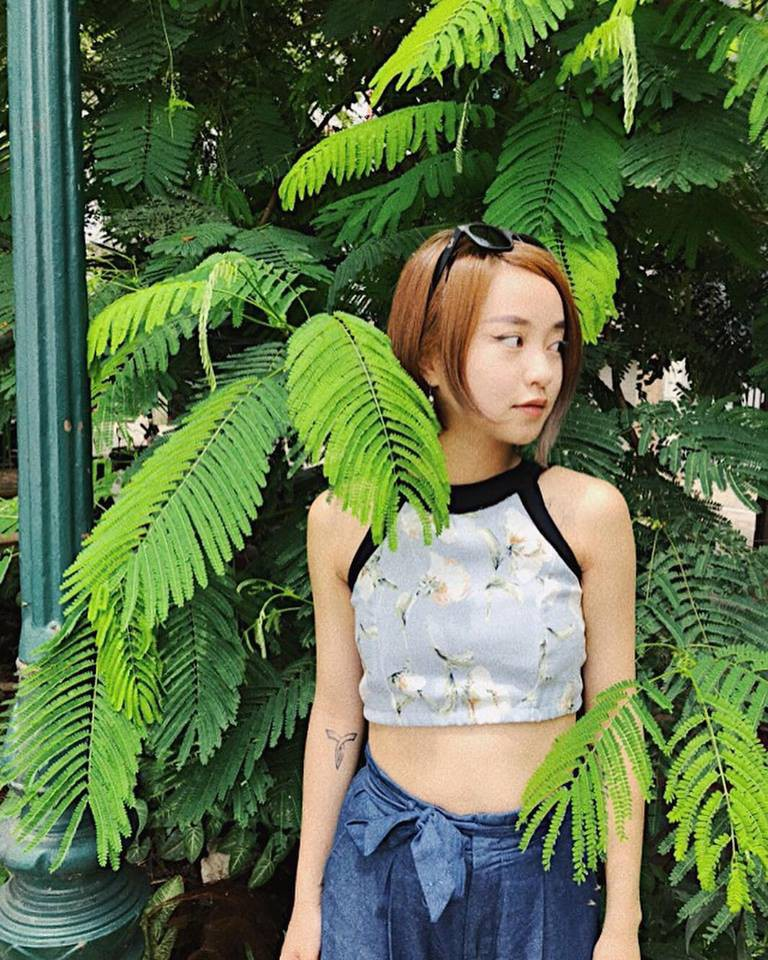 Selfie sau khi sinh con lần 2, Mi Vân khiến dân tình trầm trồ vì sự nghiệp làm mẹ không thể xô đổ nhan sắc tường thành - Ảnh 6.