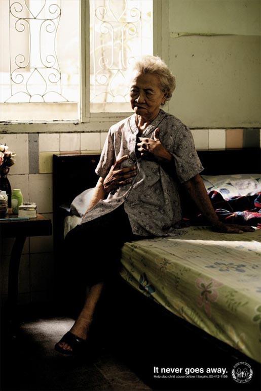 Nỗi đau theo suốt một đời - bộ ảnh phòng chống lạm dụng trẻ em từng gây chấn động MXH Thái Lan - Ảnh 6.
