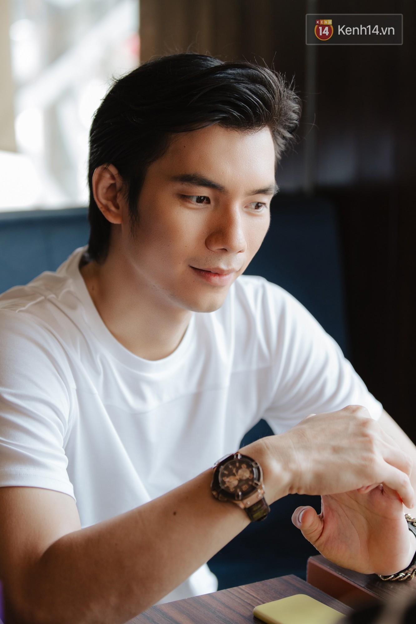 Nhan Phúc Vinh ám ảnh biến cố 10 năm với đạo diễn Nguyễn Quang Dũng: Tôi khóc như mưa ngay giữa quán nhậu - Ảnh 10.