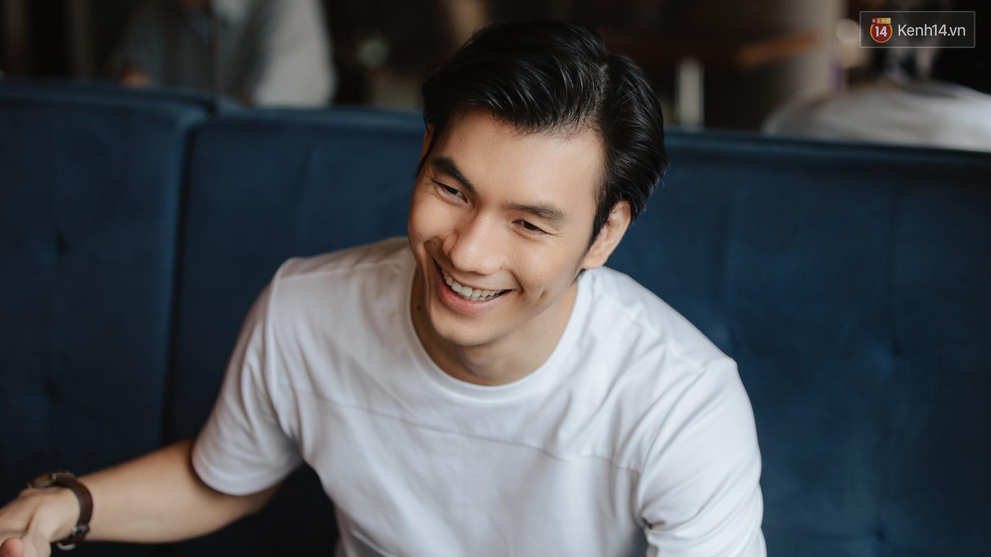 Nhan Phúc Vinh ám ảnh biến cố 10 năm với đạo diễn Nguyễn Quang Dũng: Tôi khóc như mưa ngay giữa quán nhậu - Ảnh 11.