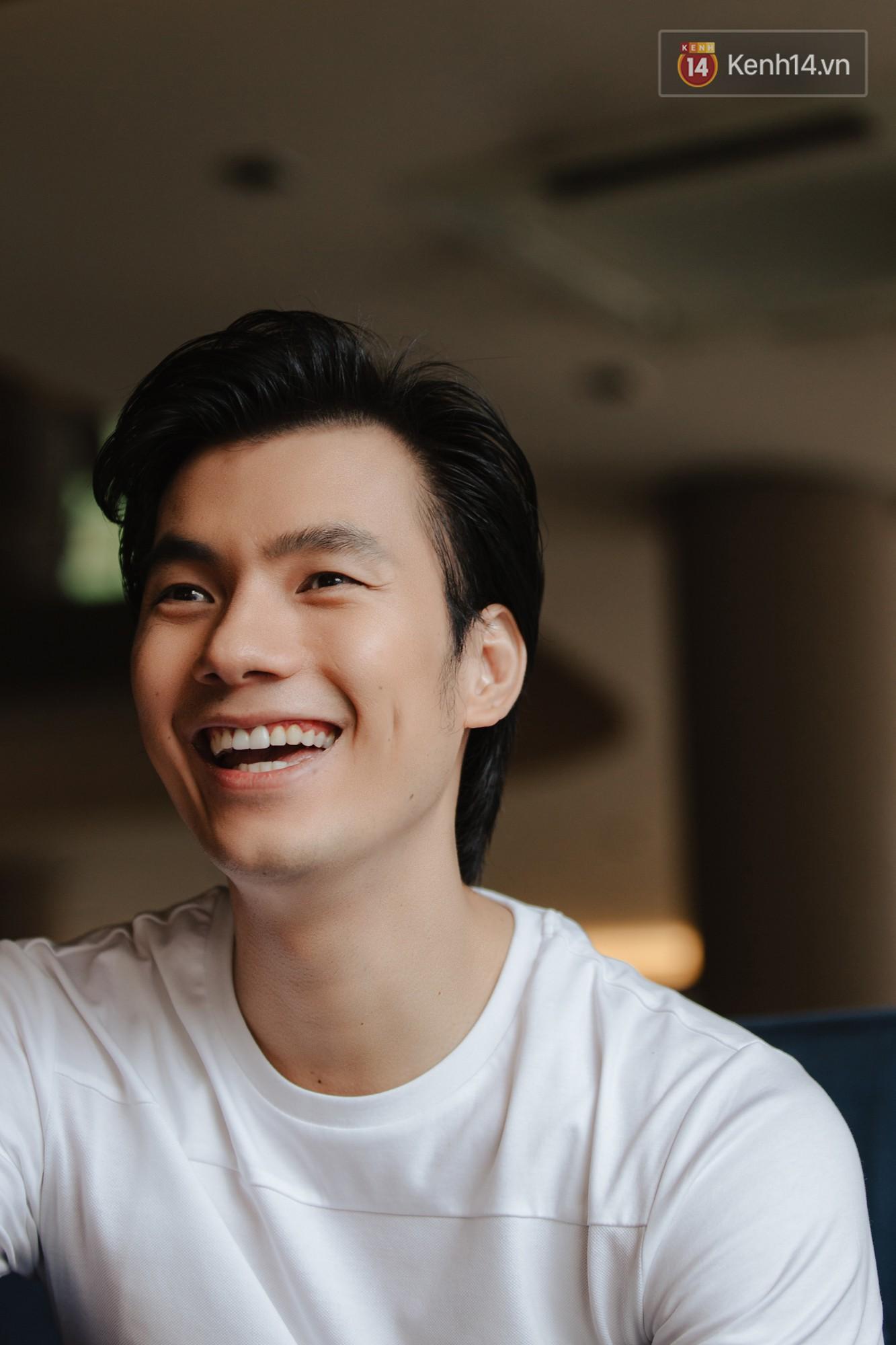 Nhan Phúc Vinh ám ảnh biến cố 10 năm với đạo diễn Nguyễn Quang Dũng: Tôi khóc như mưa ngay giữa quán nhậu - Ảnh 4.