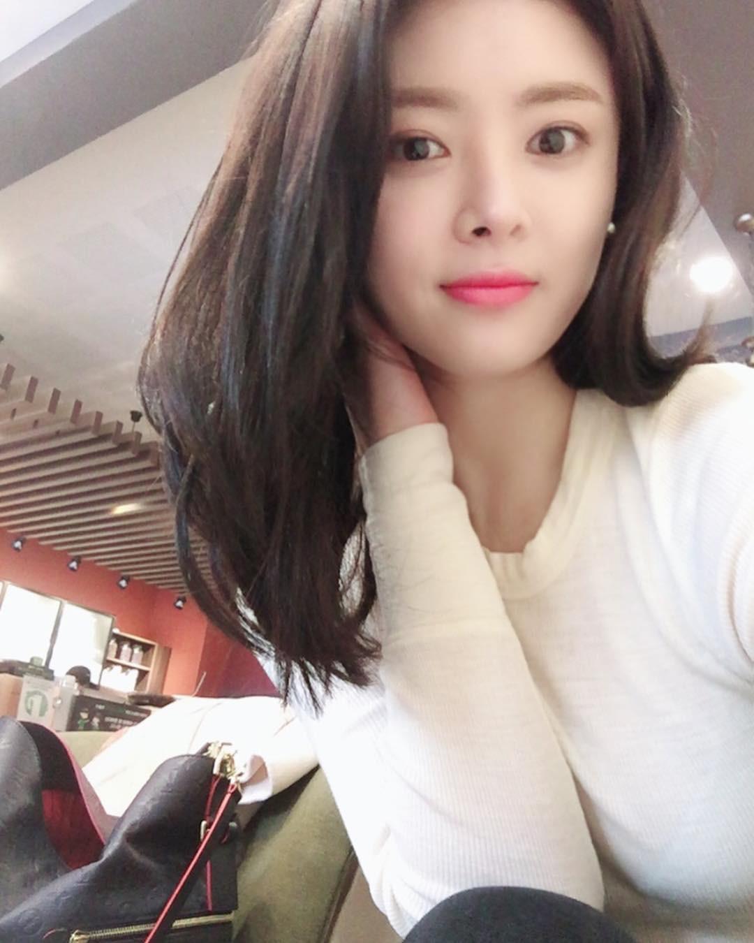 Tìm ra nữ diễn viên Hàn bị đâm tử vong trong tai nạn liên hoàn: Cựu idol đẹp mỹ miều, qua đời chỉ sau 2 tháng cưới - Ảnh 5.