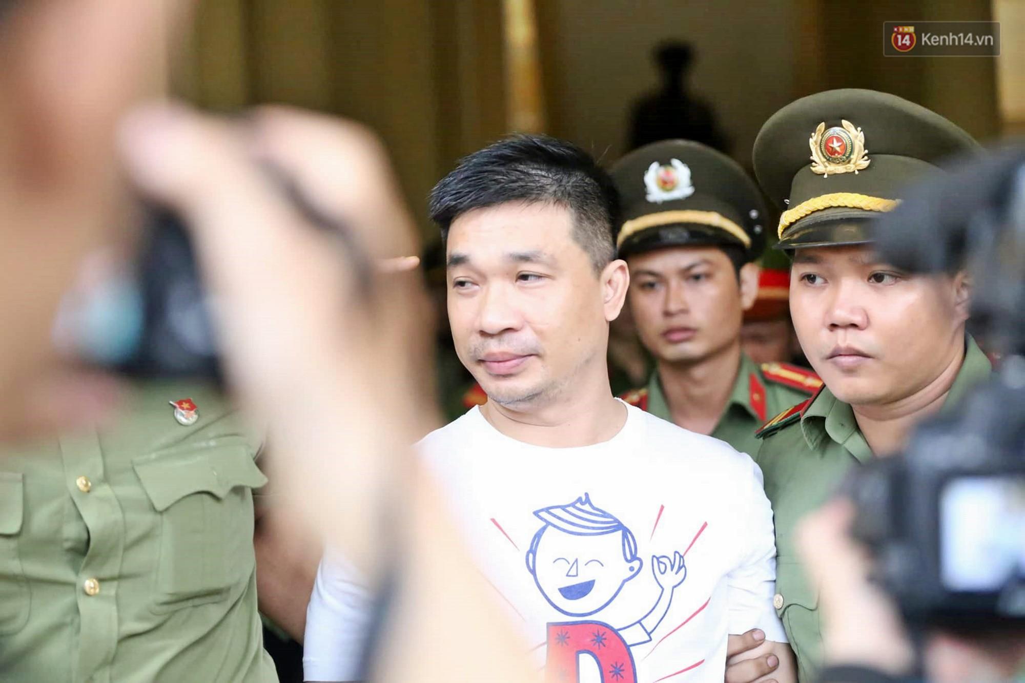 Ông trùm Văn Kính Dương vẫn cười dù bị đề nghị tử hình, hotgirl Ngọc Miu bật khóc khi VKS đưa mức án 20 năm tù - Ảnh 18.