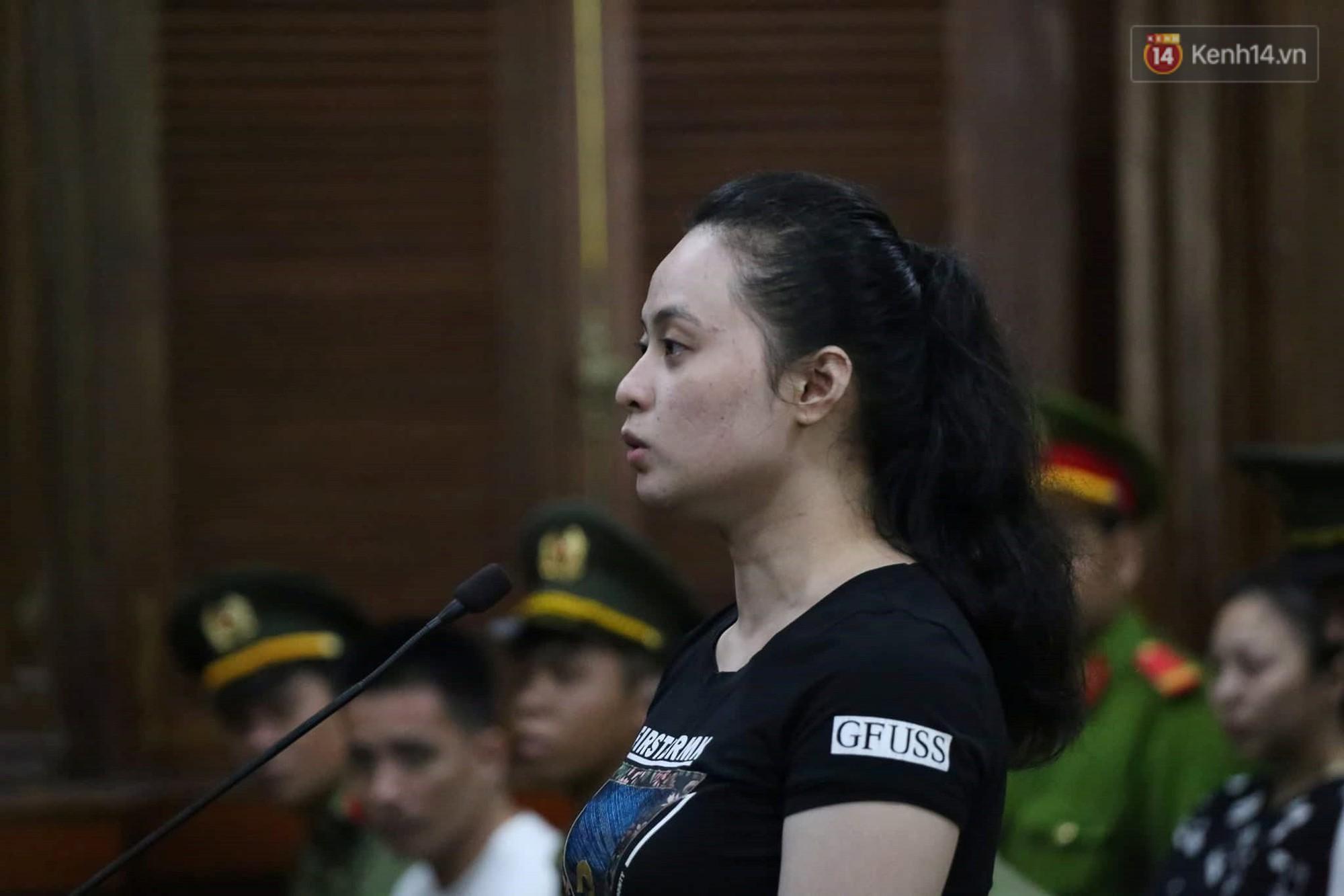 Ngày thứ 3 xét xử ông trùm Văn Kính Dương và đồng phạm: Các nữ bị cáo mong tòa xem xét lại mức án để có cơ hội về nhà với con - Ảnh 9.