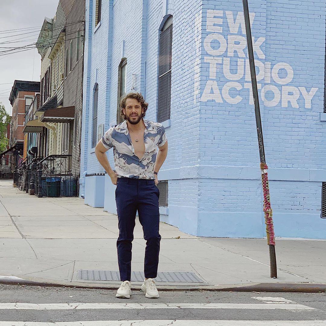 """Nhìn khu phố nghệ thuật mà Châu Bùi và Decao vừa check-in mà chỉ biết """"mắt tròn mắt dẹt"""" vì đẹp không thua gì phim trường Hollywood - Ảnh 14."""