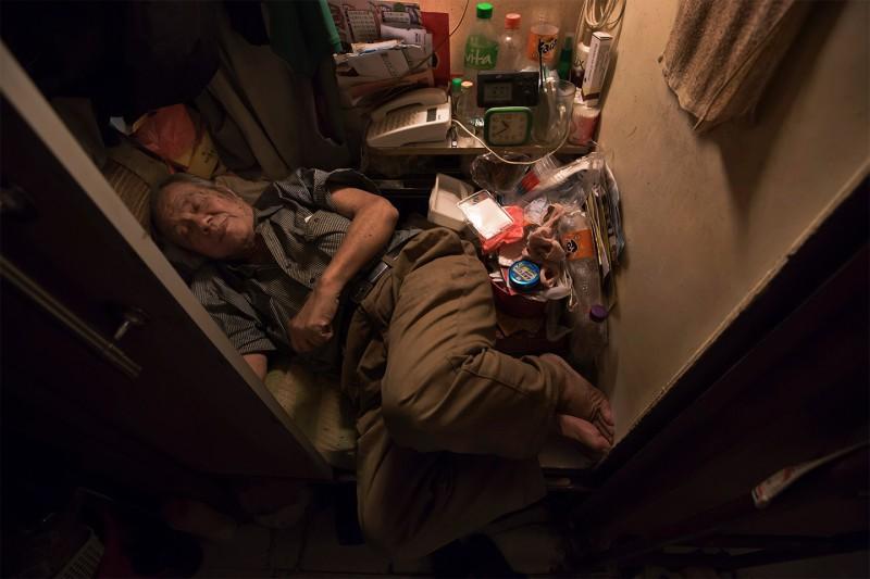 Cuộc sống của người đàn ông vô gia cư gốc Việt ở nơi nghèo nhất Hong Kong và sự tương phản nghiệt ngã của thành phố hoa lệ bậc nhất hành tinh - Ảnh 14.