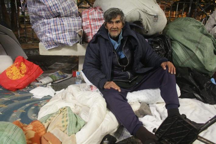 Cuộc sống của người đàn ông vô gia cư gốc Việt ở nơi nghèo nhất Hong Kong và sự tương phản nghiệt ngã của thành phố hoa lệ bậc nhất hành tinh - Ảnh 10.