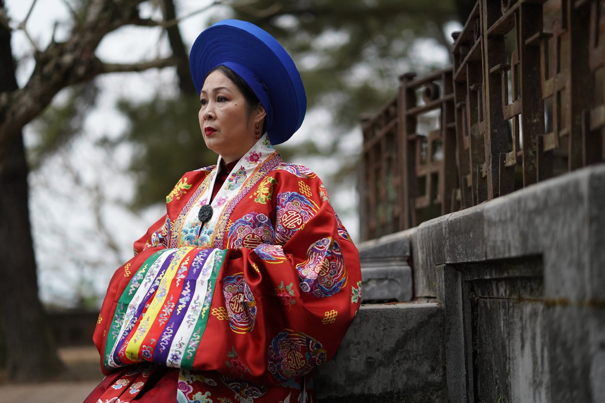Thánh ăn hại Jun Phạm thần thái bất ngờ, sánh đôi hoàng hậu Diễm My 9x trên thảm đỏ phim cung đấu Việt Nam Phượng Khấu - Ảnh 13.