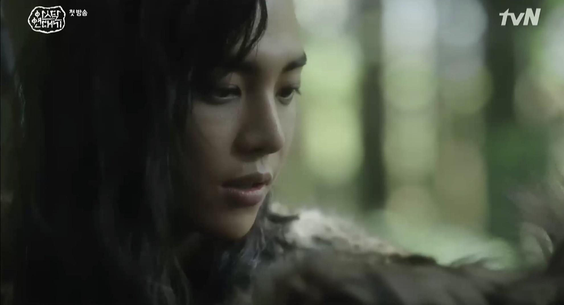 Chàng trai cực phẩm làm lu mờ cả Song Joong Ki trong tập mở màn Arthdal Chronicles là ai? - Ảnh 6.