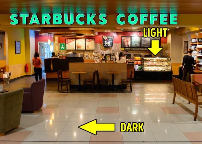 9 thủ thuật tâm lý Starbucks áp dụng để thao túng khách hàng - Ảnh 2.