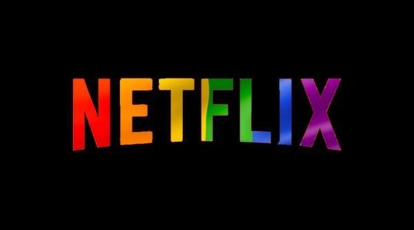 8 nhân vật LGBT duyên không kém BB Trần mà Netflix mang đến cho khán giả: Số 1 đừng xem khi có phụ huynh! - Ảnh 1.