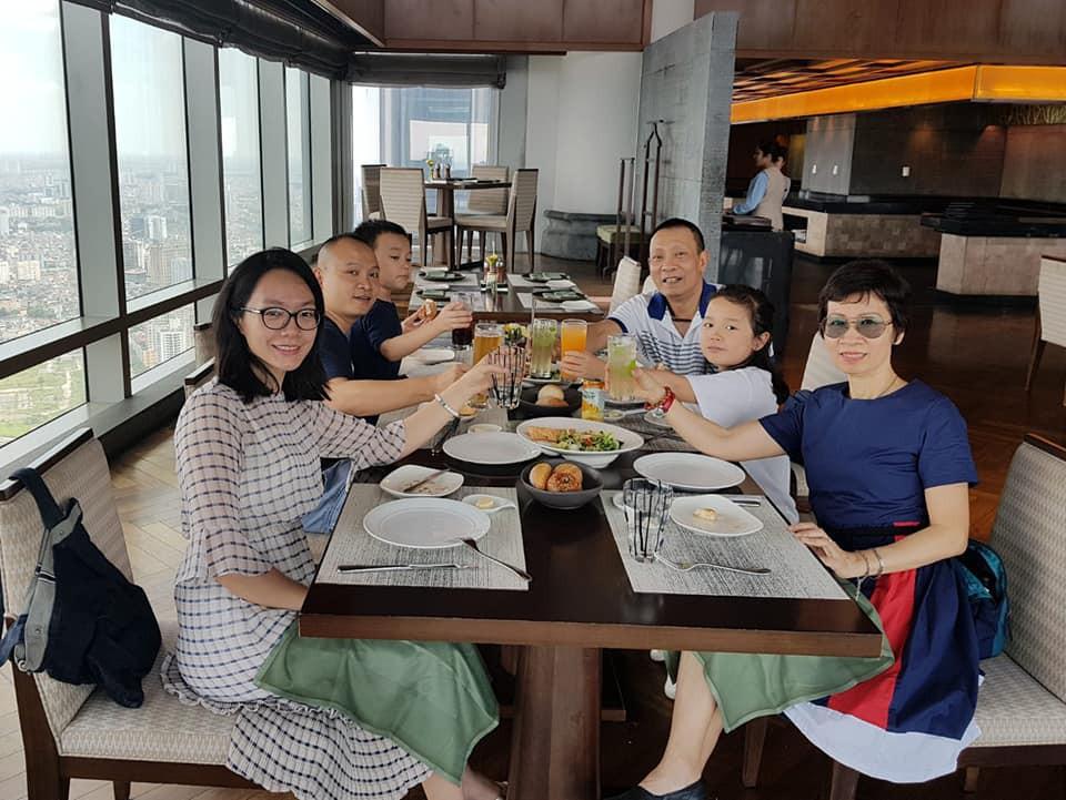 Lại Văn Sâm phá lệ khoe ảnh đại gia đình trong ngày sinh nhật - Ảnh 1.