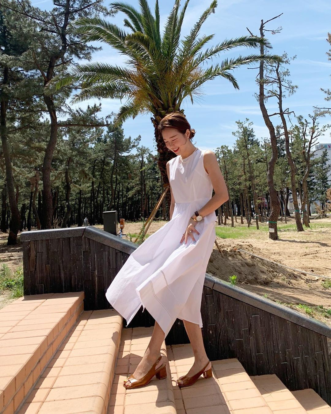 Street style Châu Á: Toàn tập là màu trắng, bộ nào bộ nấy đều đẹp và dễ mặc - Ảnh 12.
