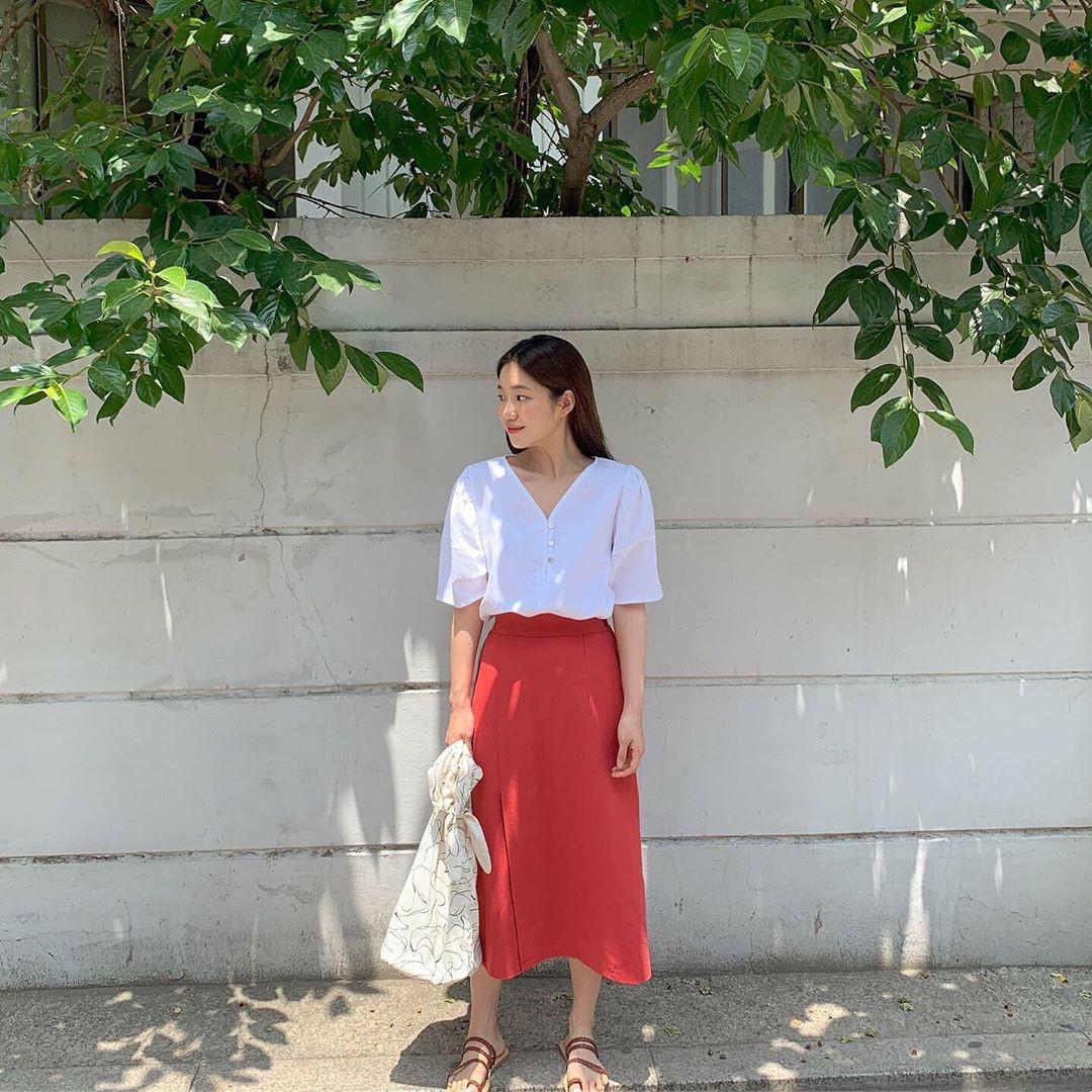 Street style Châu Á: Toàn tập là màu trắng, bộ nào bộ nấy đều đẹp và dễ mặc - Ảnh 9.