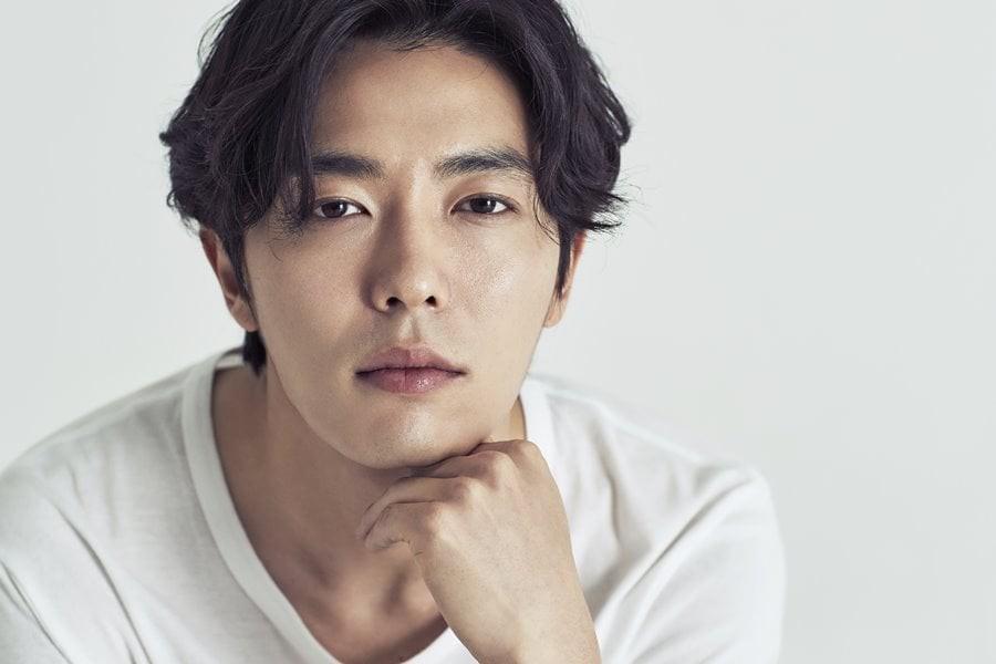 6 chàng trai vàng trong làng hôn giỏi xứ Hàn: Ji Chang Wook cũng phải chào thua màn đưa môi bạo liệt cuối cùng - Ảnh 1.