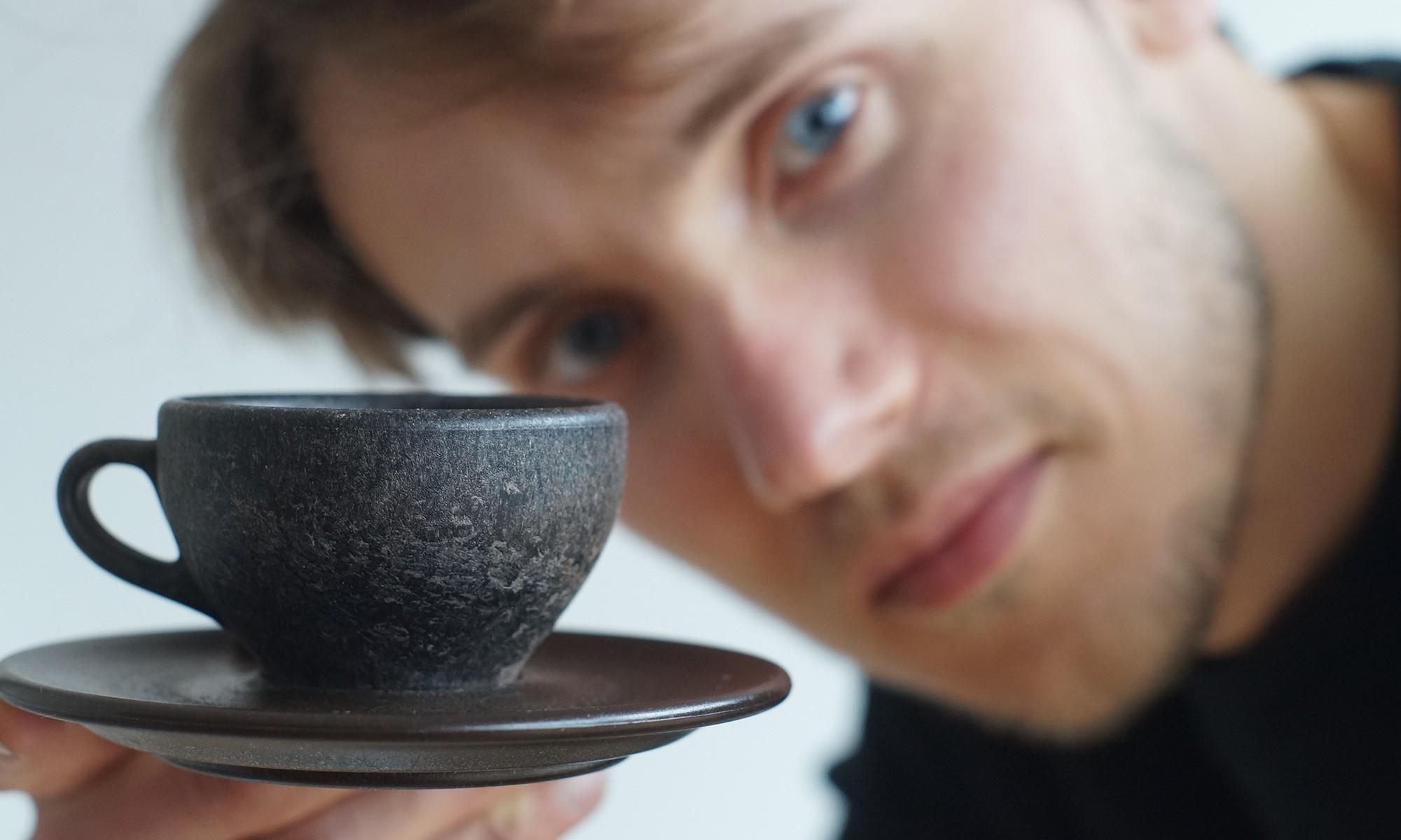 Hết trà sữa không ống hút lại có cốc cà phê làm từ bã cà phê, sân chơi zero waste ngày càng nhộn nhịp - Ảnh 2.
