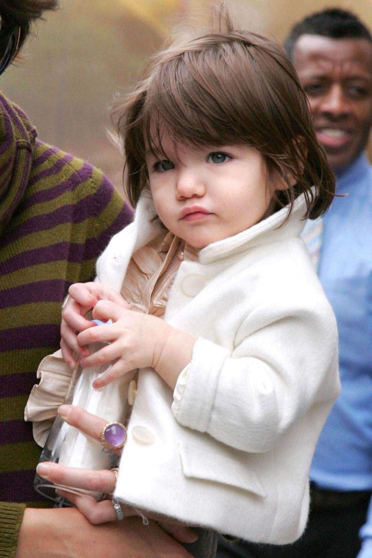 Hành trình nhan sắc 2 công chúa nhà sao hot nhất Hollywood: Harper Beckham xinh ra, Suri Cruise ngày càng bị dìm - Ảnh 17.