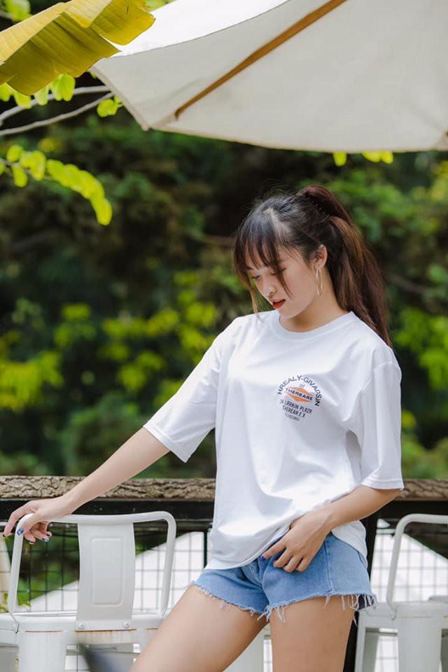 Từng là tomboy trước sau như một, girl xinh Hà Nội bị đồn dao kéo vòng 1 sau khi khoe ảnh dậy thì trên cả thành công - Ảnh 9.
