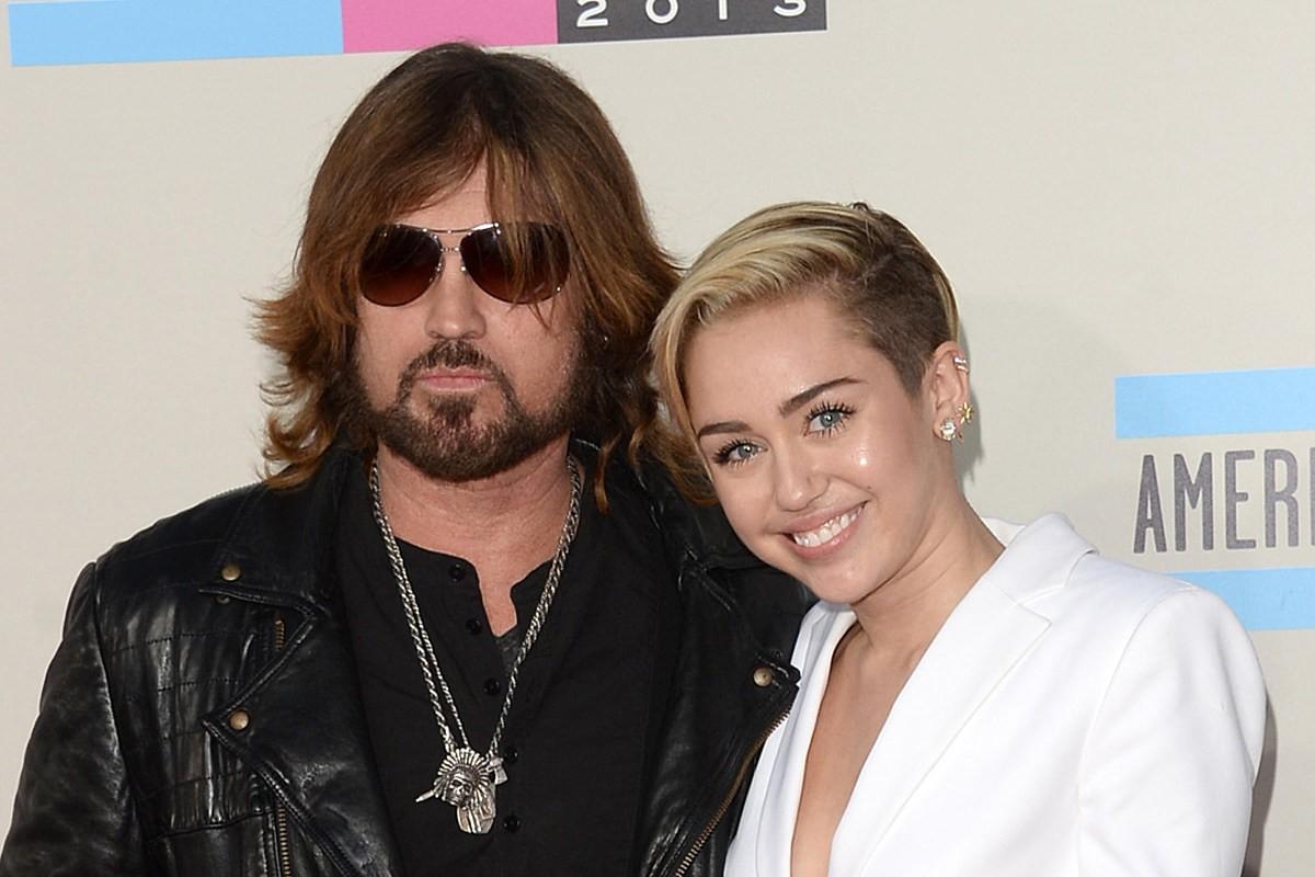 Billboard Hot 100 tuần này: Bố của Miley Cyrus thẳng tay đè bẹp con gái và loạt đối thủ trên BXH! - Ảnh 6.