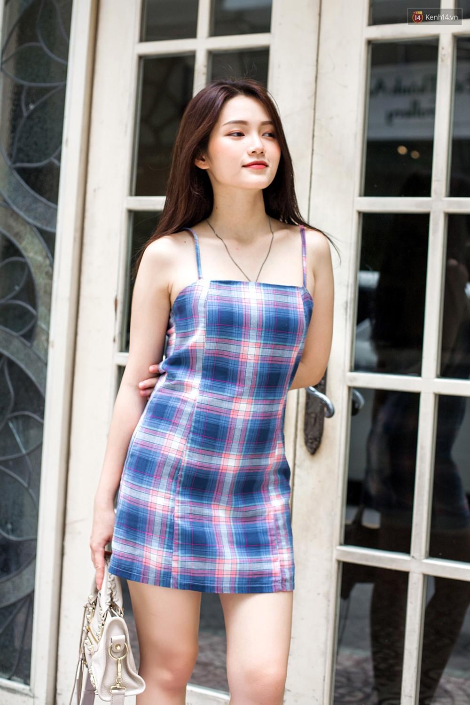 Street style giới trẻ Việt tuần qua: chẳng ưu tiên đồ mát mẻ, các bạn trẻ bất chấp mặc ngốt miễn sao có hình OOTD thật chất - Ảnh 8.