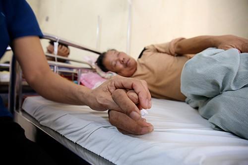 Chuyên gia chỉ mặt sai lầm khiến bệnh nhân ung thư có thể chết trước khi tử vong vì bệnh - Ảnh 2.