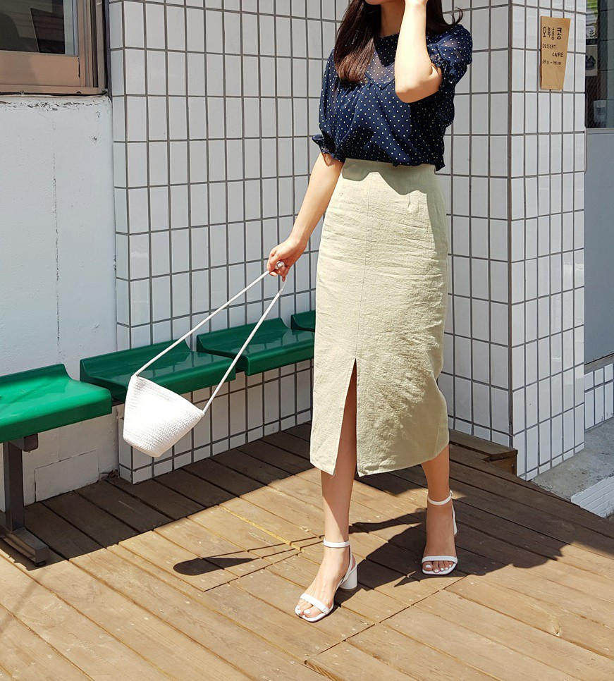 Ít ai biết rằng: Chân váy cũng có thể kéo chân dài miên man nếu bạn chọn 4 kiểu dáng này - Ảnh 10.