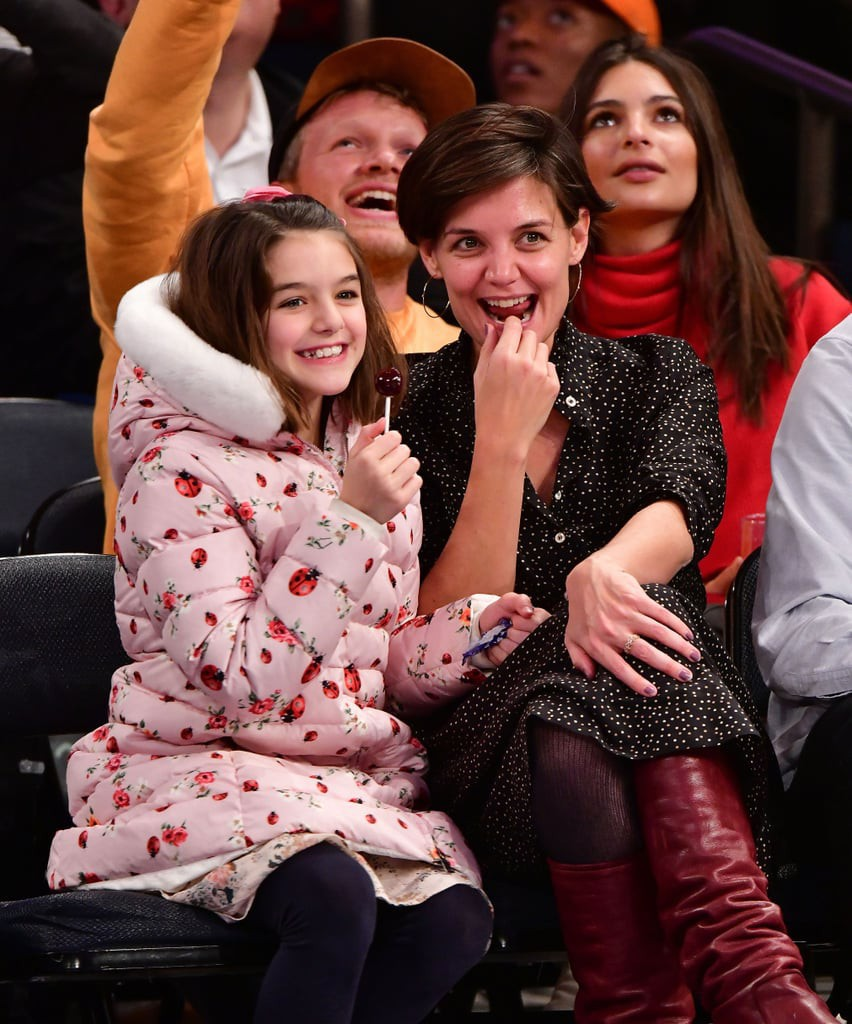 Hành trình nhan sắc 2 công chúa nhà sao hot nhất Hollywood: Harper Beckham xinh ra, Suri Cruise ngày càng bị dìm - Ảnh 30.