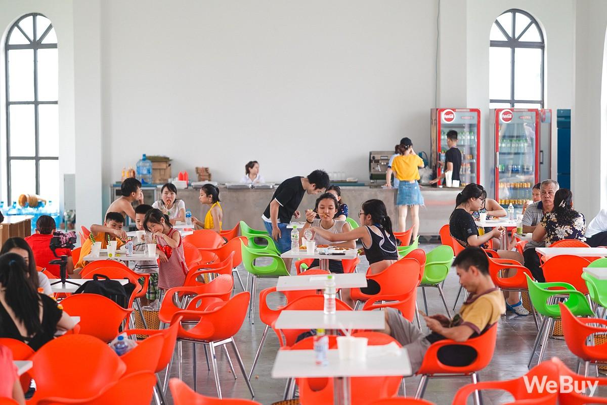 Review chi tiết công viên nước siêu to khổng lồ Thanh Hà: Trẻ em thích mê, người lớn có chút hụt hẫng - Ảnh 16.
