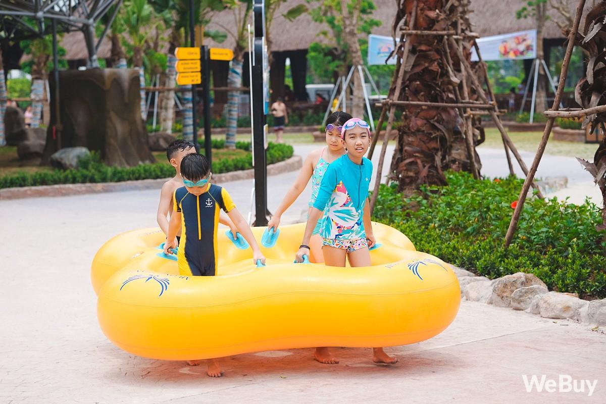 Review chi tiết công viên nước siêu to khổng lồ Thanh Hà: Trẻ em thích mê, người lớn có chút hụt hẫng - Ảnh 8.