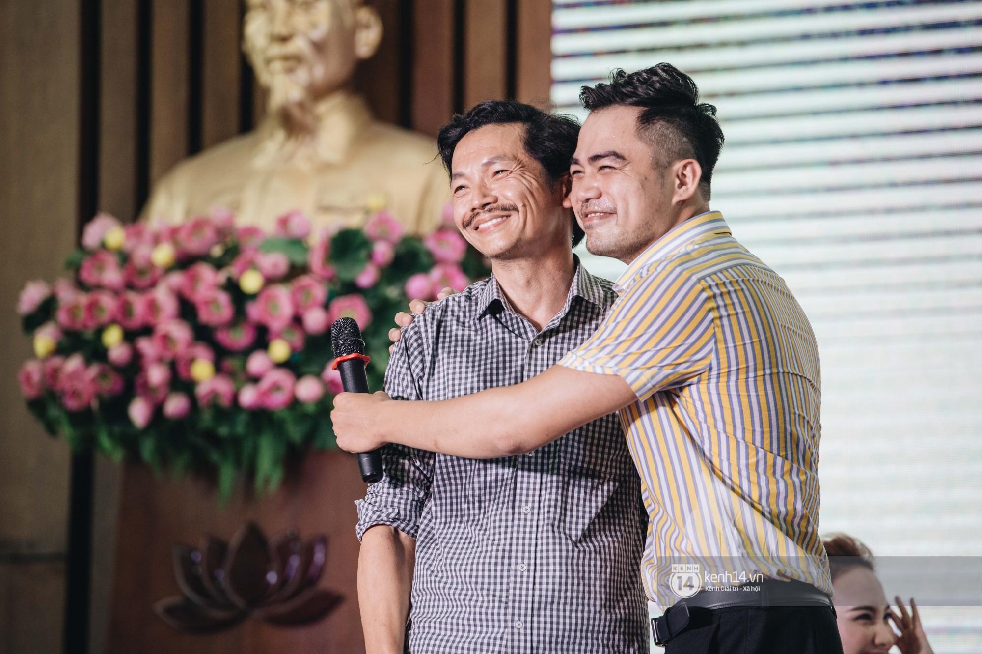 Câu chuyện tình đam mỹ nóng nhất đêm nay: NSƯT Trung Anh và Trọng Hùng từ bố chồng - con rể trở thành... cặp đôi? - Ảnh 8.