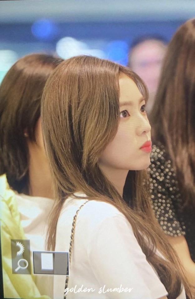 Đây là nhan sắc thật ngoài đời của nữ thần sở hữu gương mặt đẹp nhất nhà SM qua ống kính chớp nhoáng của fan - Ảnh 8.