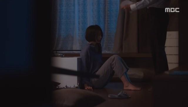 """Đêm Xuân tập 7: """"Về Nhà Đi Con"""" phiên bản khổ đau, ba chị em lận đận chuyện đời khiến bố mẹ lo lắng không thể yên lòng - Ảnh 5."""