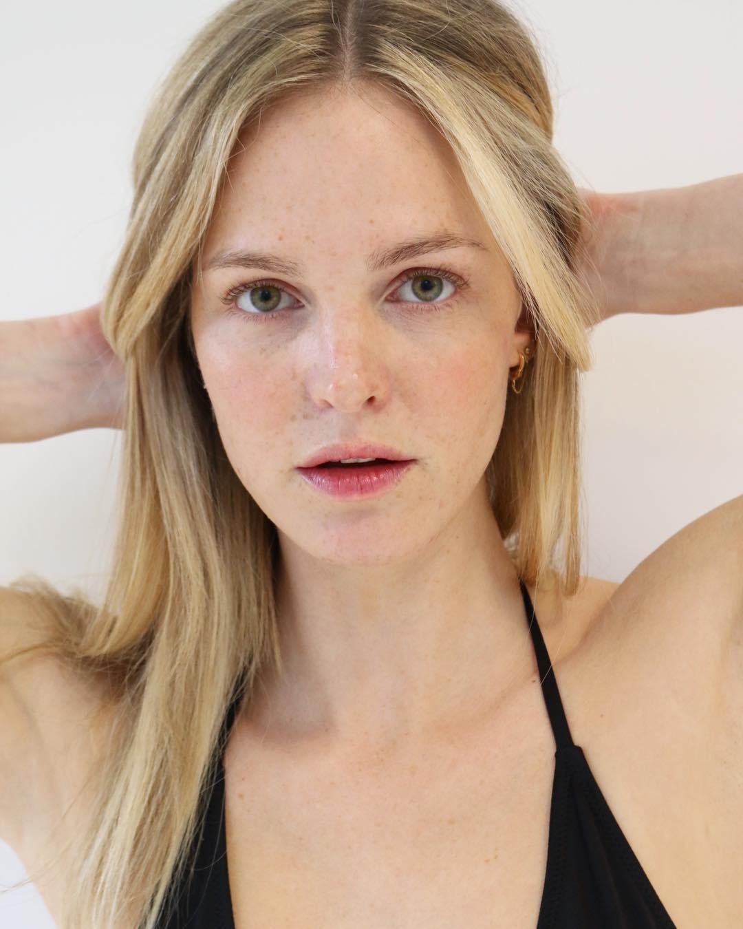 Đừng ngó lơ 6 tips chăm da sau của các người mẫu bởi rất có thể, bạn sẽ tìm thấy chìa khóa nâng cấp nhan sắc - Ảnh 3.
