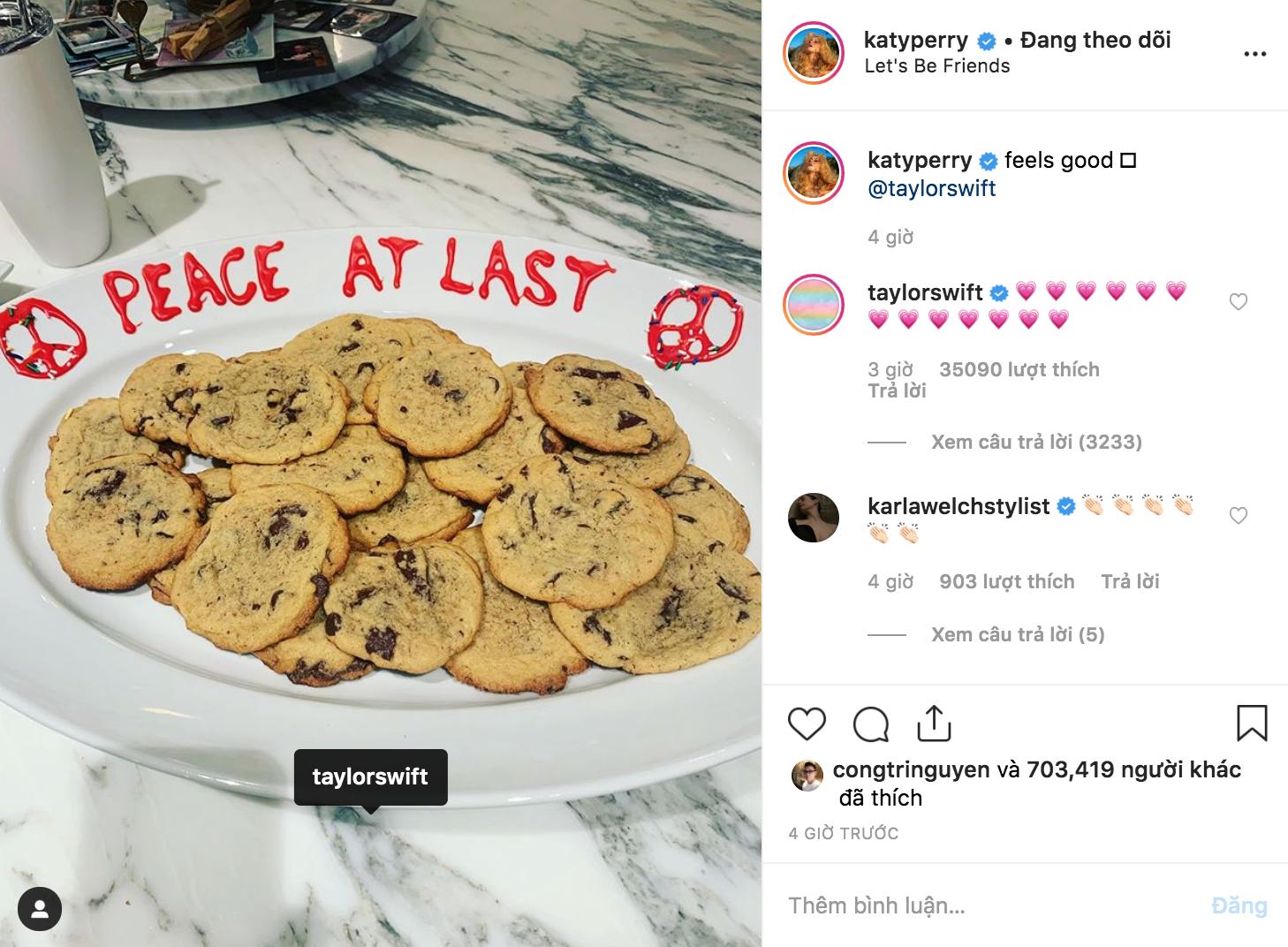 Nhờ dăm ba miếng bánh, Taylor Swift và Katy Perry đã chị em tay bắt mặt mừng lập lại hoà bình rồi đây này! - Ảnh 1.