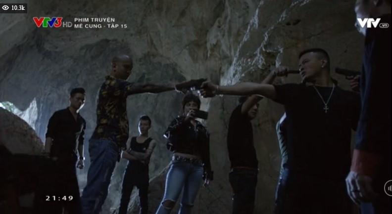 Tập 15 Mê Cung: Cảnh sát Khánh trúng khổ nhục kế của ông trùm ma túy, bắn chết đồng đội để được thừa nhận - Ảnh 2.