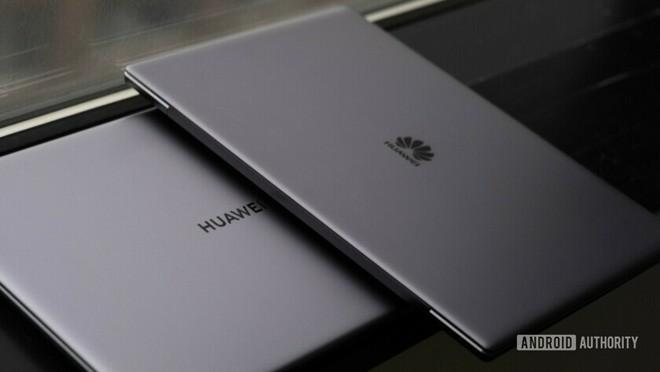 MacBook mới phiên bản Huawei sắp trở thành nạn nhân đầu tiên do lệnh cấm từ Mỹ - Ảnh 1.