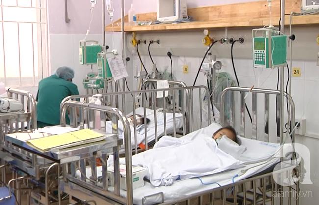 Thông tin mới nhất vụ 7 bà cháu ngạt thở, bé gái 8 tuổi đã mất tại Sài Gòn - Ảnh 1.