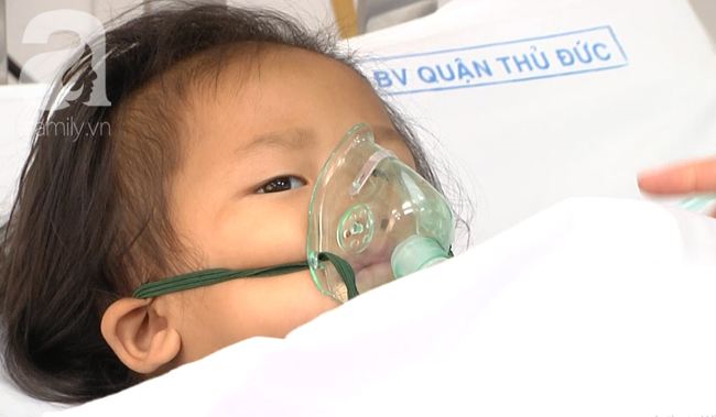 Thông tin mới nhất vụ 7 bà cháu ngạt thở, bé gái 8 tuổi đã mất tại Sài Gòn - Ảnh 5.
