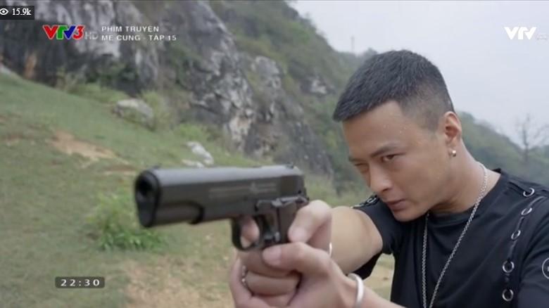 Tập 15 Mê Cung: Cảnh sát Khánh trúng khổ nhục kế của ông trùm ma túy, bắn chết đồng đội để được thừa nhận - Ảnh 10.