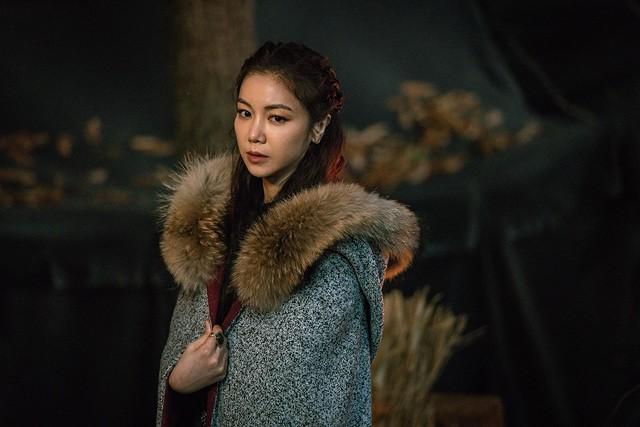 Dính tranh cãi đạo nhái Game of Thrones, vì sao Arthdal Niên Sử Kí của Song Joong Ki vẫn hot? - Ảnh 13.