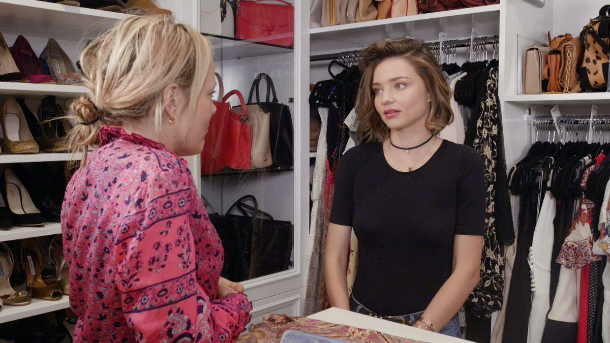 Chị em Hollywood khoe tủ đồ sang chảnh ngút ngàn, riêng của Britney thì đến fan còn bĩu môi chê là thua... chợ Bà Chiểu - Ảnh 11.